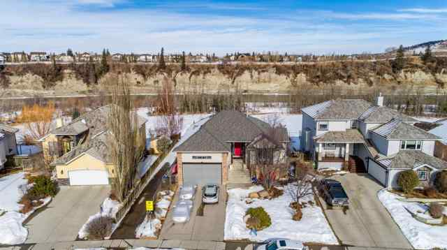 MLS® #A1074421 74 Bow Meadows Drive T4C 1N1 Cochrane