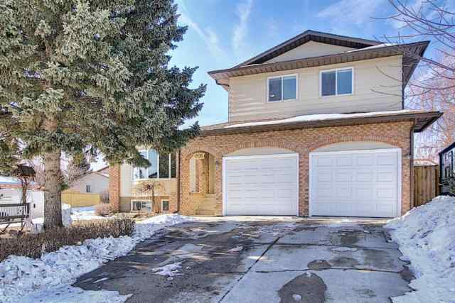 444 Woodside Road SW in  Calgary MLS® #A1074452
