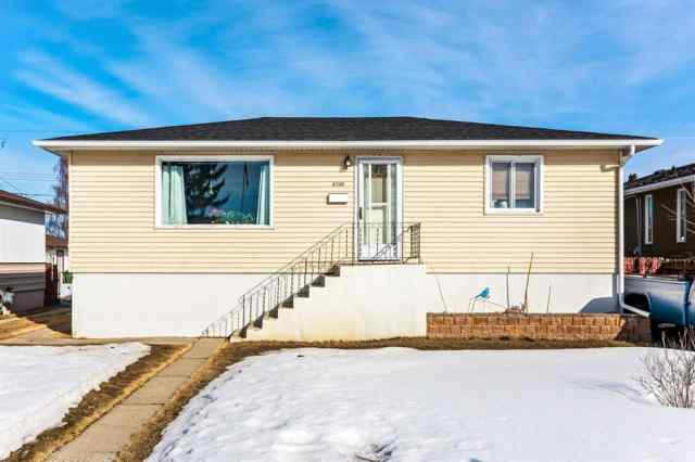 Bowness real estate 6348 33 Avenue NW in Bowness Calgary