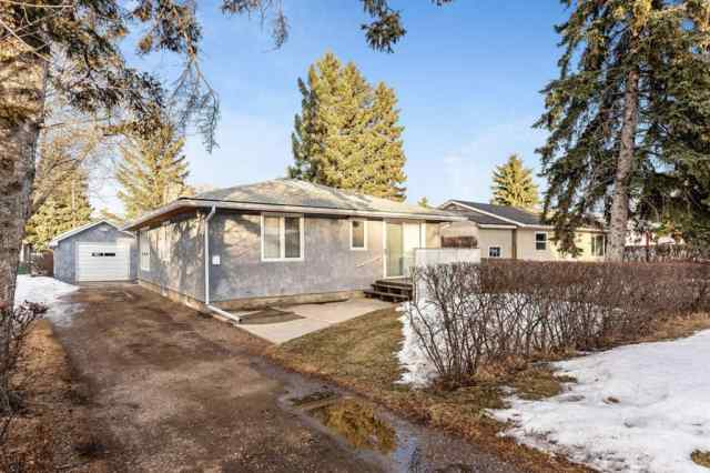 Bowness real estate 8828 34 Avenue NW in Bowness Calgary