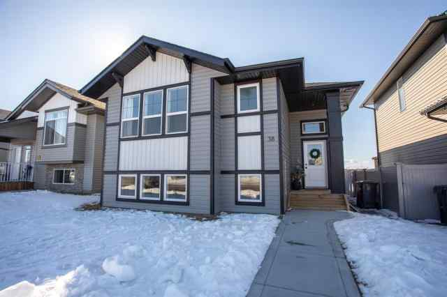 Beacon Hill real estate 38 Brookstone Drive in Beacon Hill Sylvan Lake