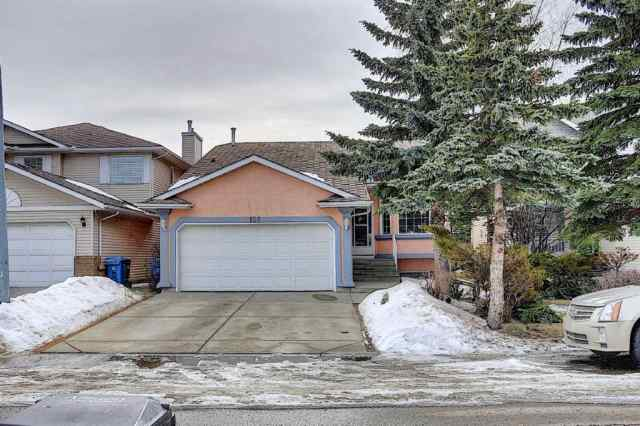 Monterey Park real estate 128 Eldorado Close NE in Monterey Park Calgary