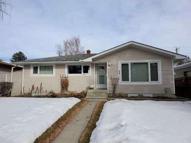 Acadia real estate 22 Arbour Crescent SE in Acadia Calgary