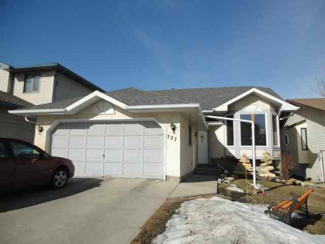 Sandstone Valley real estate 327 Sandalwood Close NW in Sandstone Valley Calgary