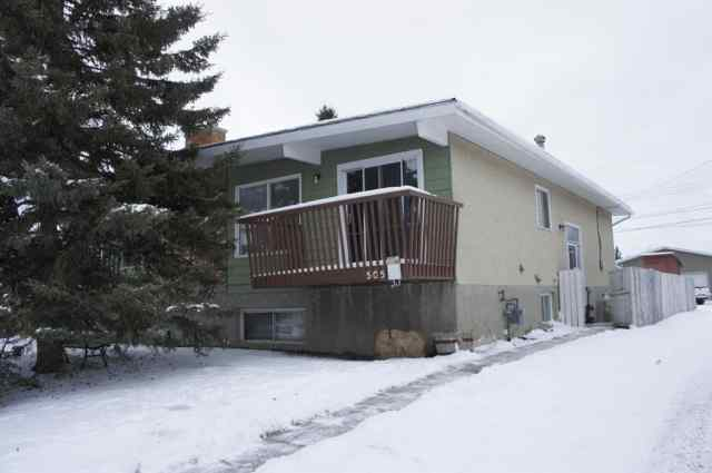 505 Blackthorn Road NE in Thorncliffe Calgary
