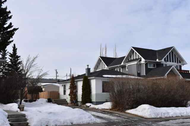 6415 BOWWOOD Drive NW in  Calgary MLS® #A1076751