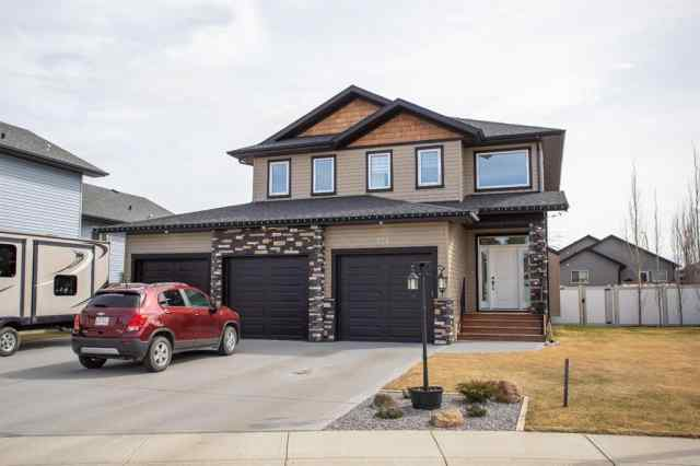 Cottonwood Estates real estate 134 Coachman Way in Cottonwood Estates Blackfalds
