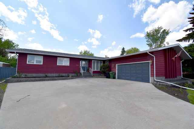 Duggan Park real estate 4202 70 Street in Duggan Park Camrose
