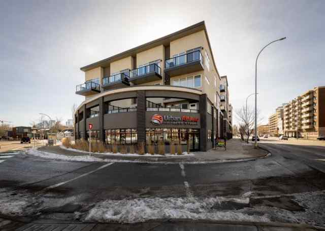 Hillhurst real estate 402, 476 14 Street NW in Hillhurst Calgary