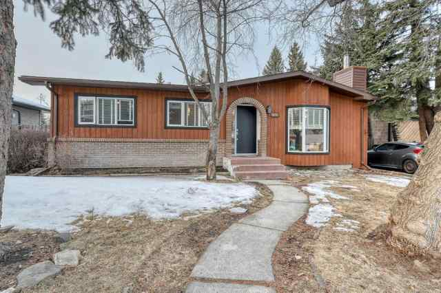 Southwood real estate 182 Springwood Drive SW in Southwood Calgary