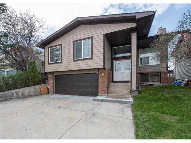 184 BERNARD Drive NW in Beddington Heights Calgary MLS® #A1077346