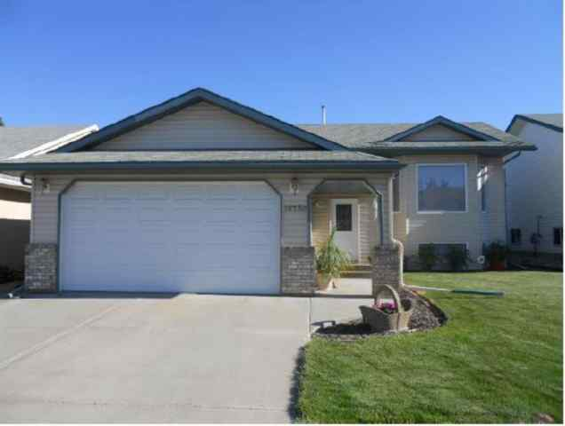 Avondale real estate 10230 114A Avenue in Avondale Grande Prairie