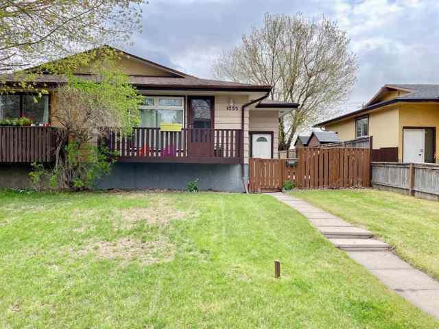 Canyon Meadows real estate 1035 Canfield Crescent SW in Canyon Meadows Calgary