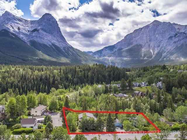 107+109 THREE SISTERS  Drive  in Hospital Hill Canmore MLS® #AW50212