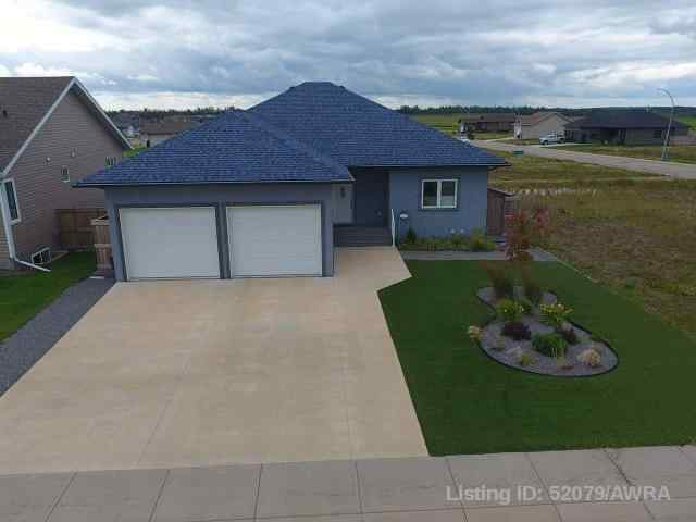 real estate 6107 52 AVE  in  Barrhead
