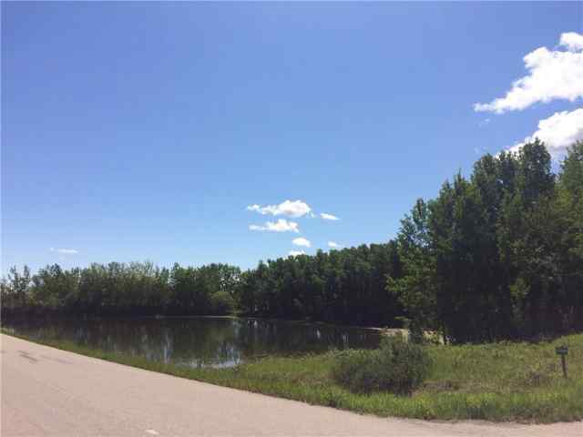 MLS® #C4239287 24099 Meadow Dr T3R 1G3 Rural Rocky View County