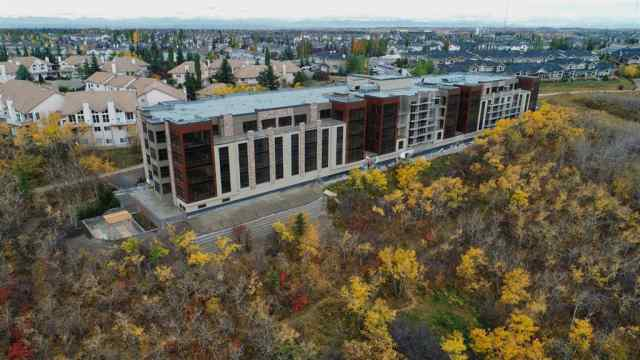 Unit-310-15 Cougar Ridge Landing SW in Cougar Ridge Calgary MLS® #C4267120