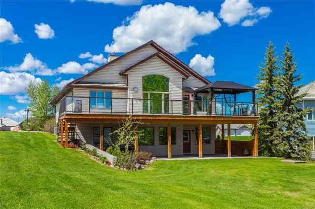 3 WILDFLOWER Cove  in Wildflower Strathmore MLS® #C4283082