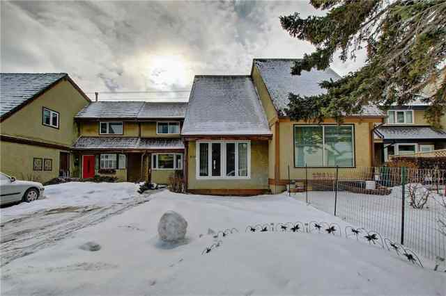 428 CANNINGTON CL SW in Canyon Meadows Calgary