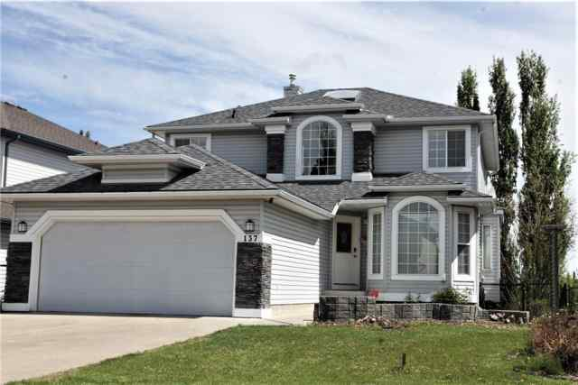 137 Springmere PL  T1X 1A3 Chestermere