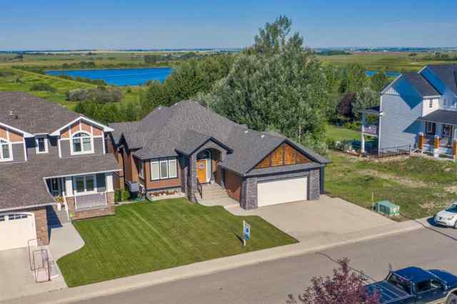 1053 HILLCREST MANOR Estates  in Hillview Estates Strathmore MLS® #C4289224