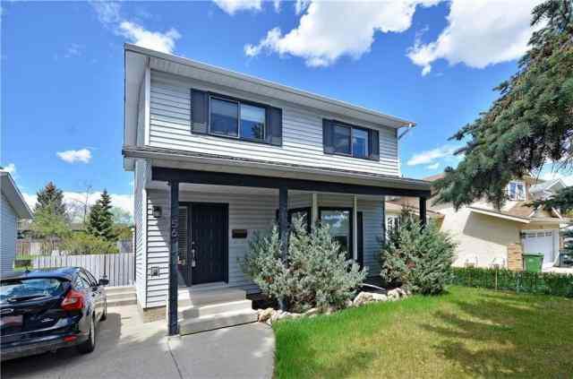 56 DEERSAXON CI SE in Deer Run Calgary