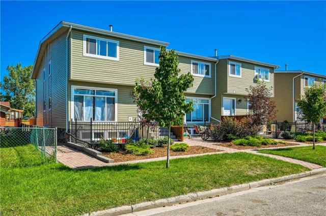 132 9 Avenue SW in Old Rodeo Grounds High River MLS® #C4290858