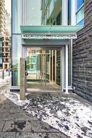 #307 138 Waterfront Co Sw T2P 1K7 Calgary