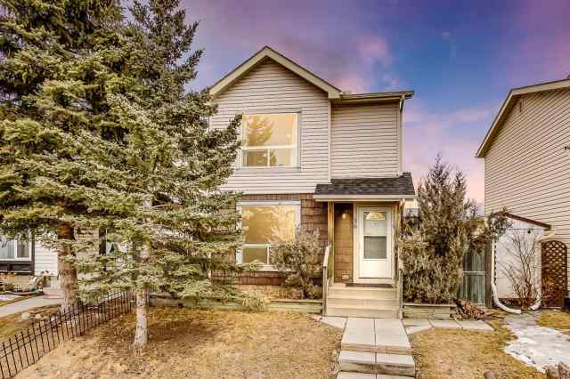 56 Applecroft RD Se in Applewood Park Calgary
