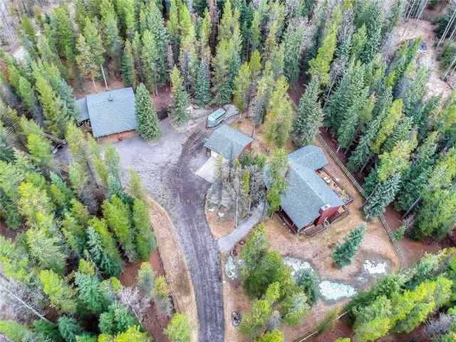 124 Hawk Eye Rd in West Bragg Creek Bragg Creek MLS® #C4295314