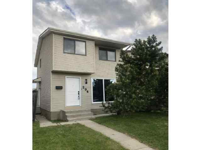 204 CASTLEGREEN CL NE in Castleridge Calgary
