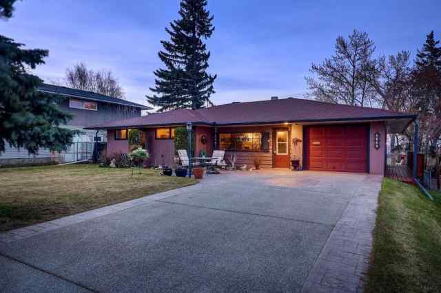2316 SOVEREIGN CR SW in Scarboro/Sunalta West Calgary
