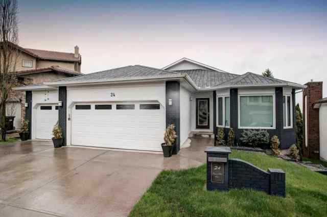 24 SIGNAL HILL Way SW in Signal Hill Calgary MLS® #C4296905