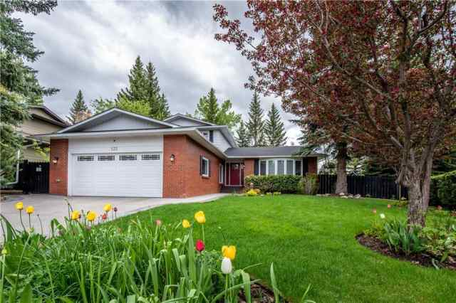 132 Bay View DR Sw in Bayview Calgary