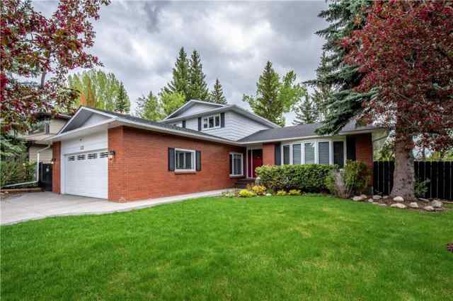 MLS® #C4297010 132 Bay View DR Sw T2V 3N8 Calgary
