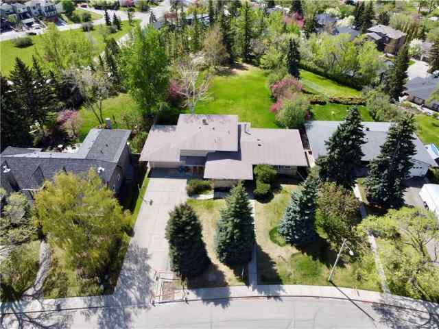 2215 12 Avenue NW in Hounsfield Heights/Briar  Calgary MLS® #C4297223