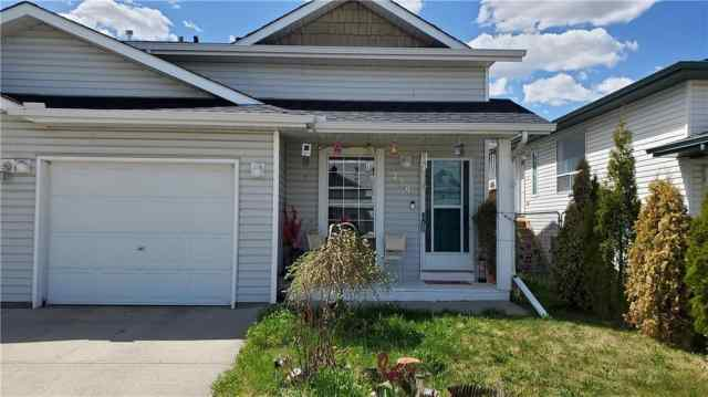 239 WILLOWBROOK Close Northwest in  Airdrie MLS® #C4297537