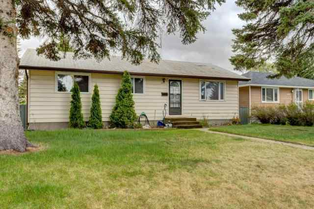 4519 Fordham CR Se in Forest Heights Calgary