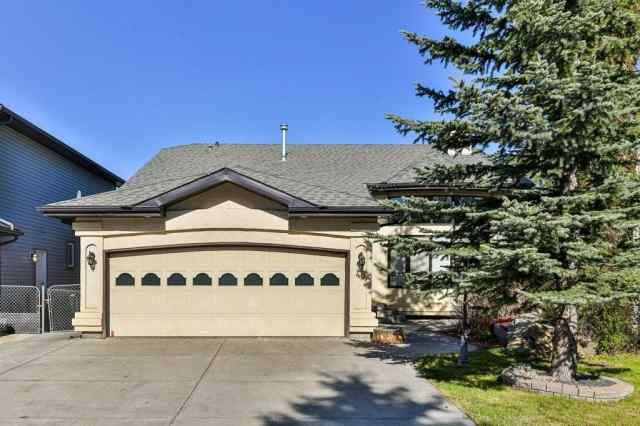 46 Edendale CR SE in Edgewater Airdrie