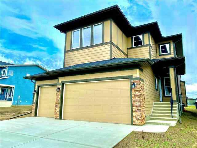 Air Ranch real estate 20 RANCHERS MD  in Air Ranch Okotoks