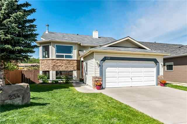 232 Sheep River Ln in Sheep River Ridge Okotoks MLS® #C4299830