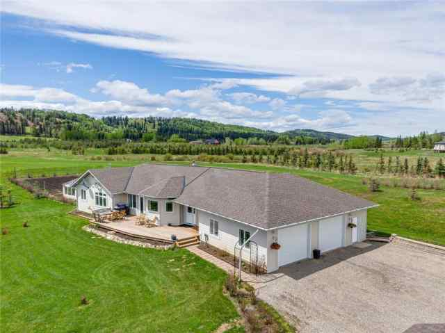 306365 Plummers Road West in  Rural Foothills County MLS® #C4299866
