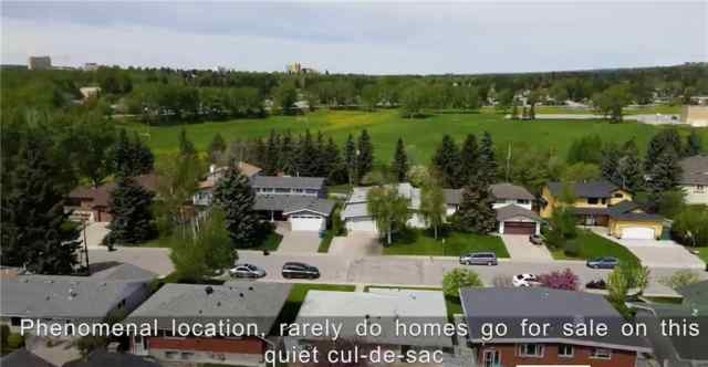 Collingwood real estate 3320 COPITHORNE RD NW in Collingwood Calgary