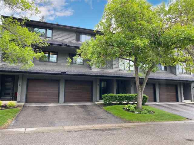 #9 10 Point DR Nw in Point McKay Calgary MLS® #C4300675