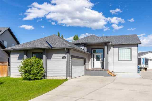 238 CANOE SQ SW in Canals Airdrie MLS® #C4300807