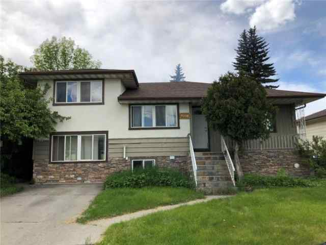 4827 1 ST NE in Greenview Calgary