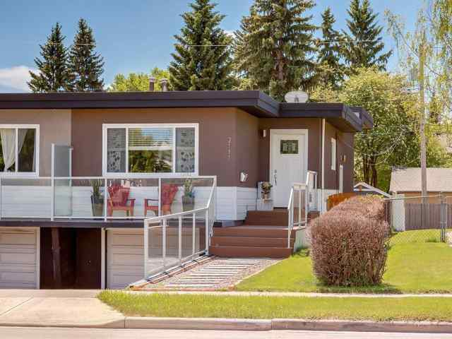 2111 50 AV Sw in North Glenmore Park Calgary MLS® #C4301815