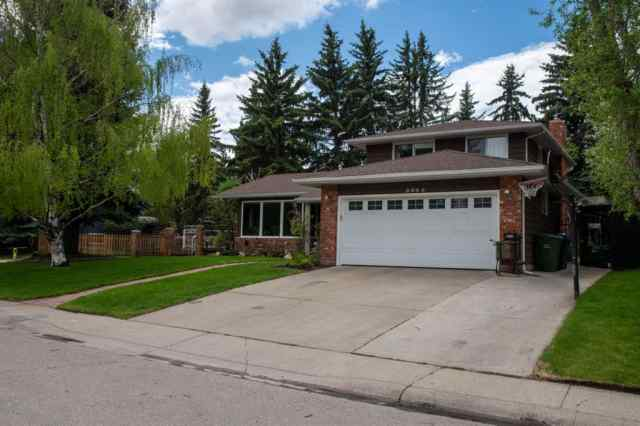 8963 BAY RIDGE DR SW in  Calgary MLS® #C4302317