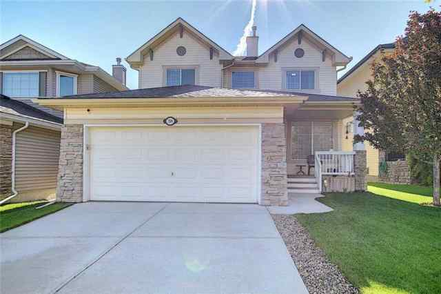 38 Cresthaven WY Sw in Crestmont Calgary