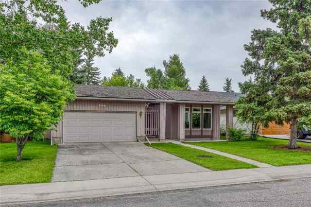 220 Oakland PL Sw in Oakridge Calgary